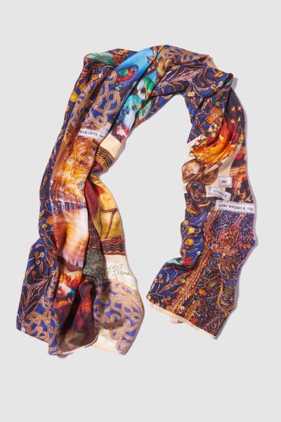 le-opera-scarf