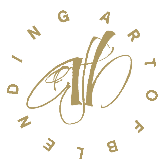 ar- of-blending-logo-gold